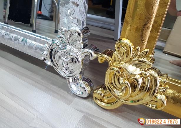 gương soi hoàng cung màu vàng